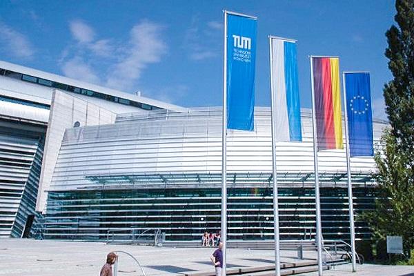 Technical University of Munich. Munich, Alemania.